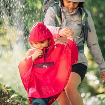 https://www.decathlon.tw/zh/hiking-and-camping-poncho